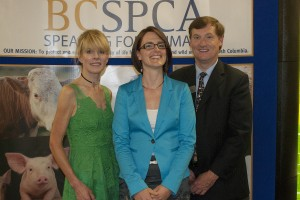 Dr_Richter_2013_BC_SPCA_Vet_Of_The_Year